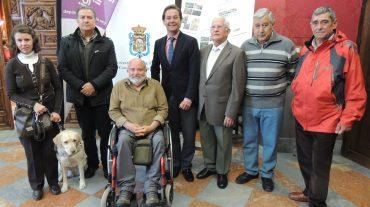 Granada abre los senderos a las personas con discapacidad