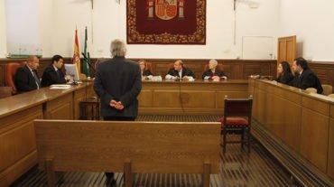 La incomparecencia de Víctor Sánchez obliga a suspender la repetición del juicio por el que fue condenado