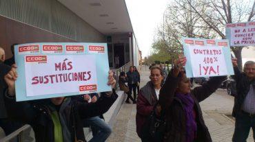 Protesta por los recortes en sanidad en el Centro de Salud Albayda