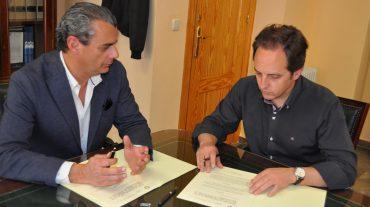 El Ayuntamiento de Monachil cede el registro de animales al Colegio de Veterinarios