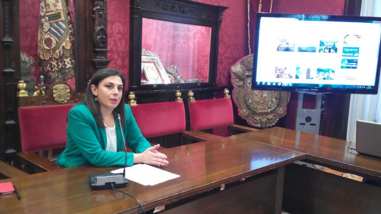 La socialista, Raquel Ruz, pide apoyo para el Aeropuerto Federico García Lorca Granada-Jaén. Foto: AG