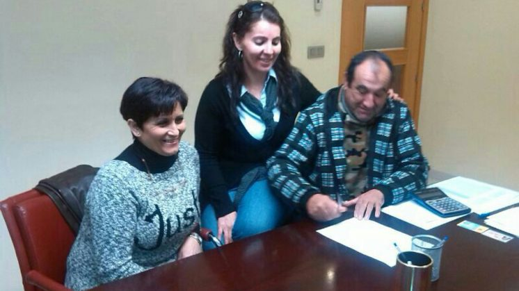 Una familia de Alfacar y otra de Cijuela salvan su vivienda