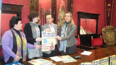 Granada 'se va de marcha' con la solidaridad