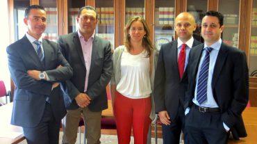 El concejal de Vivienda y los bancos, unidos para la búsqueda de soluciones
