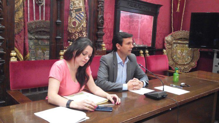 El PSOE ha recalcado que más de 100 familias están pendientes de quién se hará cargo el próximo año de la educación de los niños. Foto: AG