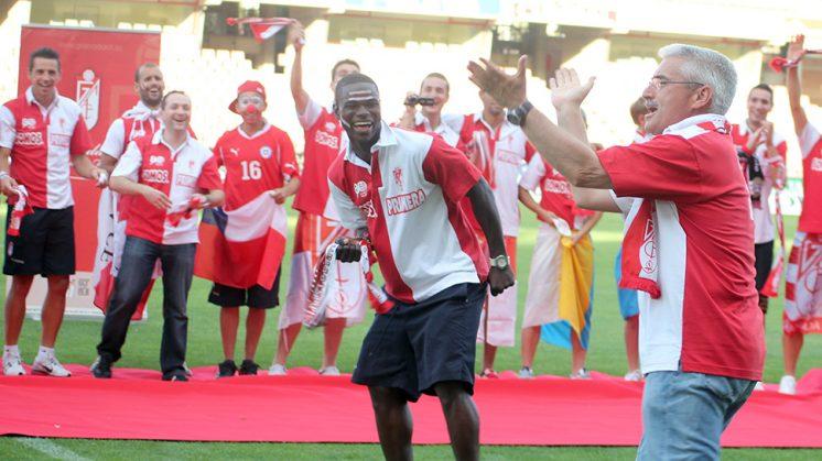 Fabri (derecha) durante la celebración del ascenso a Primera División. Foto: Roberto Romera