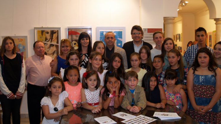 El Taller infantil de pintura de Gójar expone sus obras fuera del municipio