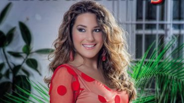 Laura Gallego presenta en Fuente Vaqueros su espectáculo 'Íntimo'