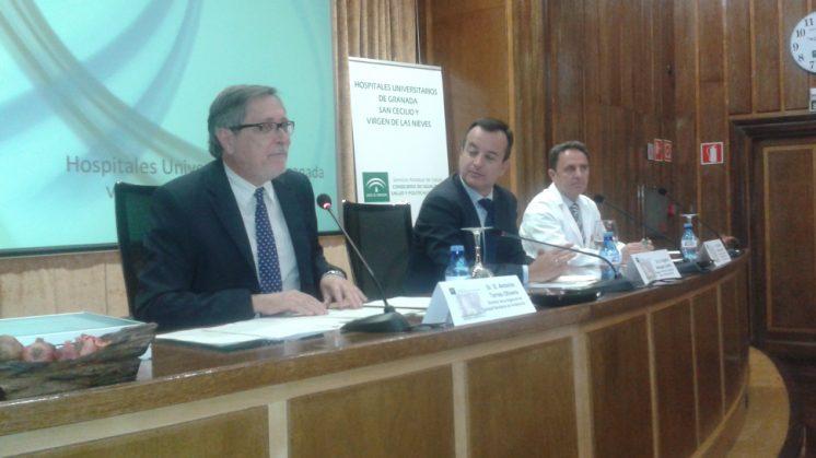 Con estas tres últimas certificaciones, la provincia de Granada cuenta actualmente con 65 unidades acreditadas y un total de 974 profesionales sanitarios acreditados. Foto: AG
