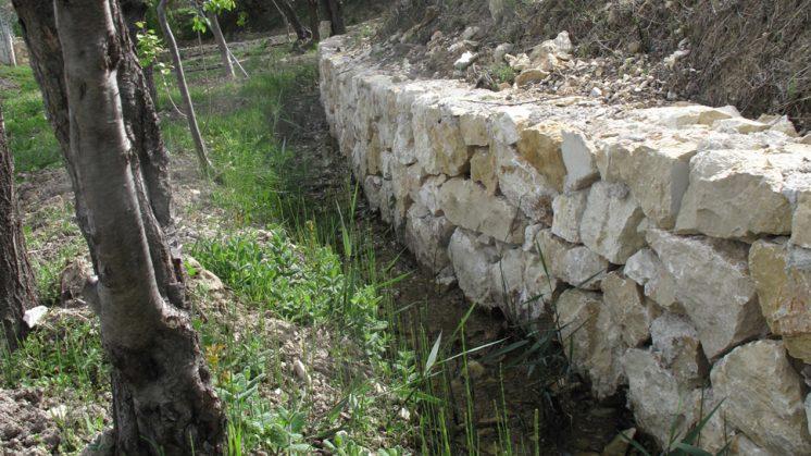 Medio Ambiente restaura una acequia en la Vega de Tubos de Castril