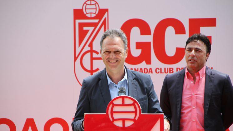 """Joaquín Caparrós: """"Mi objetivo es que al Granada se le defina como un equipo"""""""