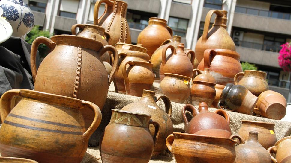 Ahora granada la feria de la alfarer a de granada en for Ceramica artesanal como se hace