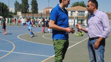 El diputado delegado de Deportes, Francisco Rodríguez, ha acompañado al más de medio millar de deportistas de todas las comarcas que se han dado cita en la Ciudad Deportiva