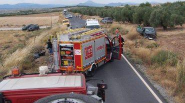 Muereun hombre tras la colisión de su turismo con un camión en la A-4200 en Baza