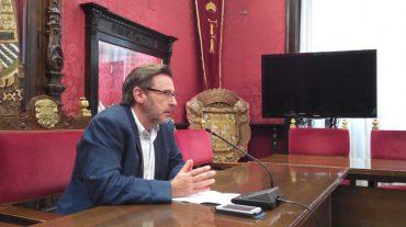 El PSOE exige al Ayuntamiento que refinancie la deuda ahora que los intereses están más bajos