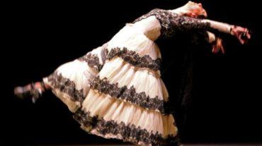 Lola Greco baila a Ángel Barrios con el estreno de 'La Preciosa y el viento'