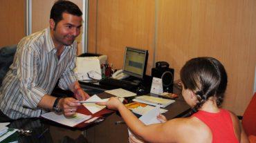 El Ayuntamiento de Maracena premia a los 3000 estudiantes que aprueban todo