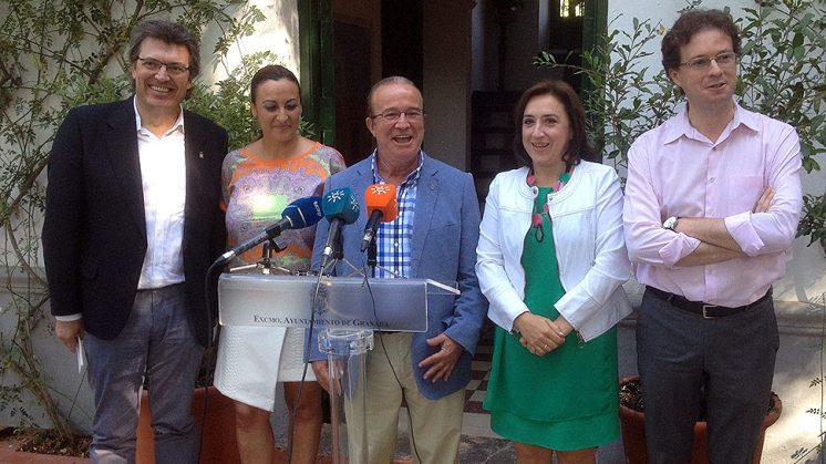Representantes de la Junta, la Diputación y el Ayuntamiento se han vuelto a unir para esta celebración. Foto: Luis F. Ruiz