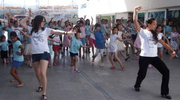 La escuela 'Músicas y danzas del mundo' se estrena en Ogíjares con 24 alumnos