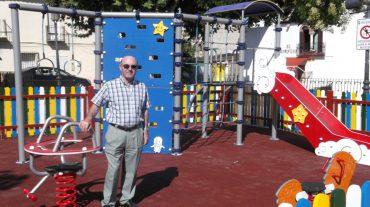 Ogíjares instala un nuevo parque infantil en Plaza Alta