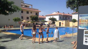 Los alumnos del IES de Alhendín con todo aprobado tendrán piscina gratis