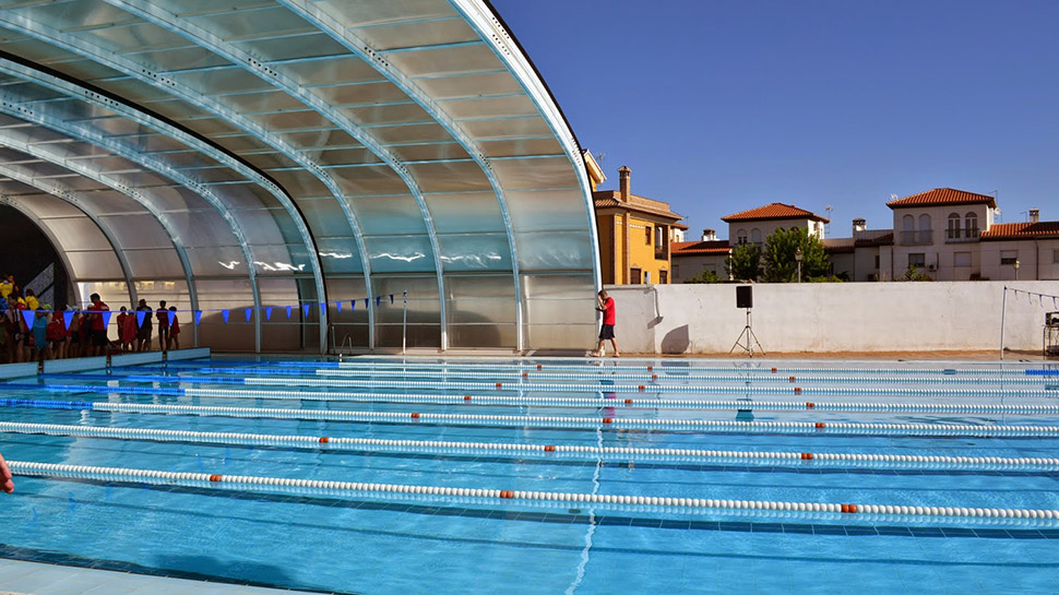 Ahora granada og jares 39 broche de oro 39 para la for Piscina we granada