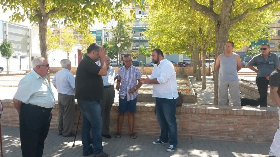 Ahora granada iu y vecinos de la chana denuncian el for Piscina municipal la chana granada