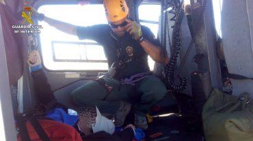 Rescatan a un senderista accidentado en Sierra Nevada