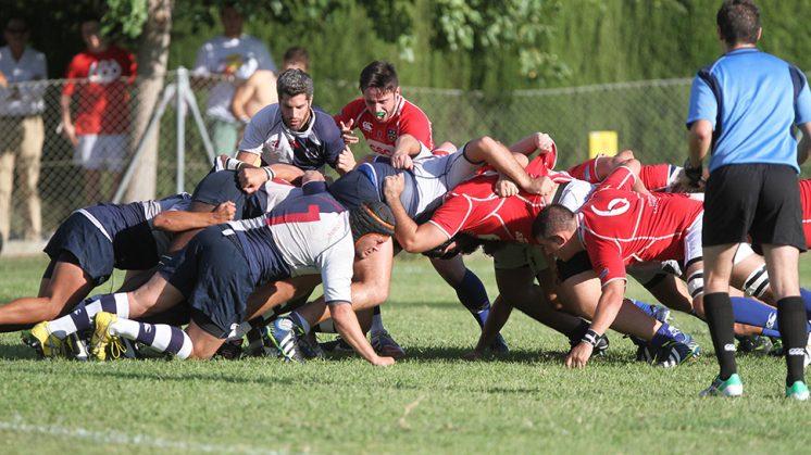 Estar fuertes en melé será importante para contrarrestar el juego de tres cuartos del Liceo Francés. Foto: Antonio L. Juárez