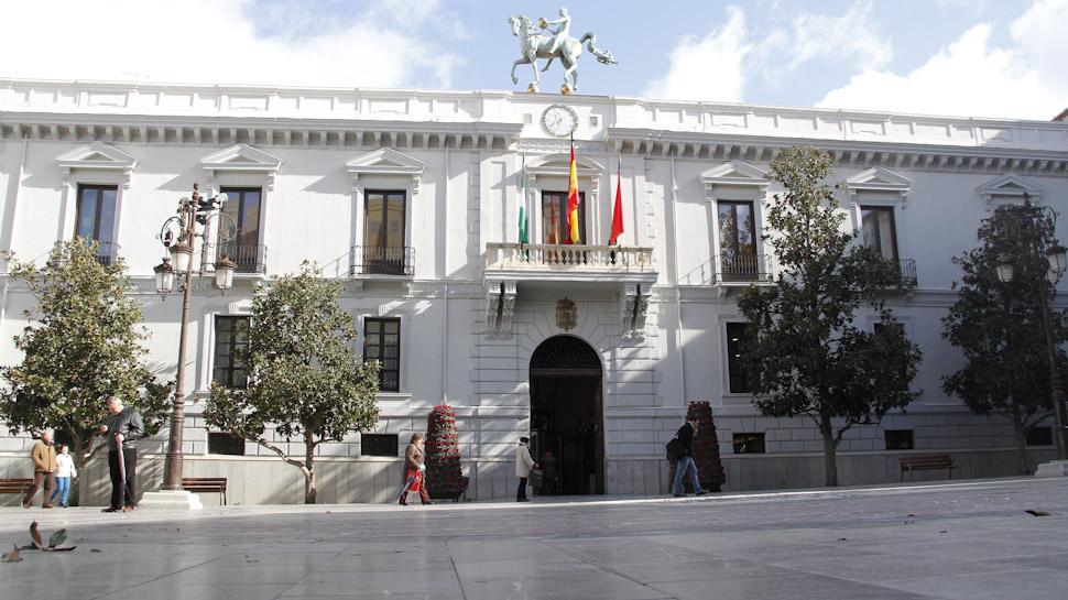 Ahora granada el ayuntamiento de granada alcanzar la for Ayuntamiento de villel de mesa