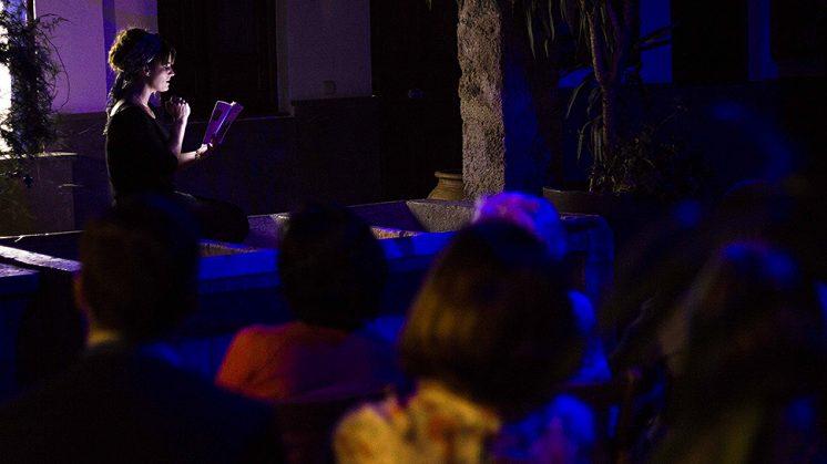 La lectura se ha desarrollado en cinco enclaves emblemáticos de Granada. Foto: aG