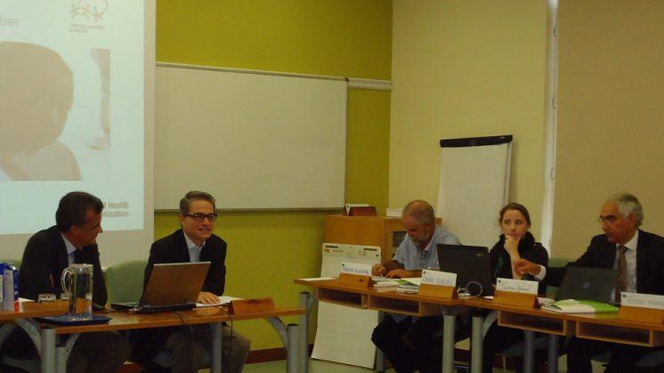 Reunión de representantes de la Organización Mundial de la Salud y de la Escuela Andaluza de Salud Pública. Foto: aG