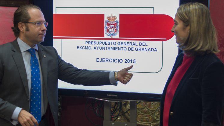 El concejal de Economía, Francisco Ledesma, antes de su comparecencia. Foto: Alberto Franco