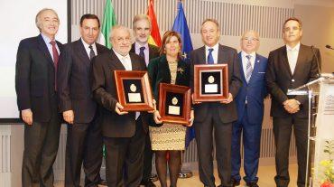 El Colegio de Médicos de Granada homenajea a la Atención Primaria