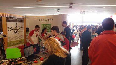 Más de 3.000 personas llenan los talleres y sesiones de 'Desgranando Ciencia'