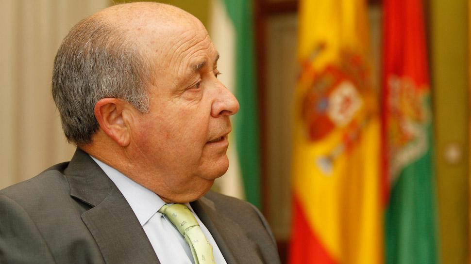 """Torres Hurtado agradece el apoyo al PP en la capital y afirma que tiene """" <b>...</b> - Entrevista-alcalde-de-Granada-Jose-Torres-Hurtado-10"""