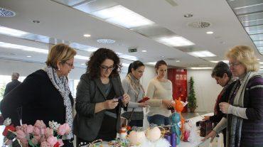 Diputación acoge un mercado navideño con productos elaborados en el centro ocupacional Reina Sofía
