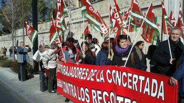 Los profesores de Enseñanza Concertada secundan la huelga por la equiparación salarial