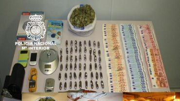Detenida una pareja acusada de cultivar marihuana en dos viviendas anexas
