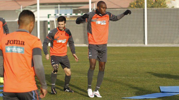 Nyom, durante un entrenamiento con el Granada CF. Foto: Álex Cámara