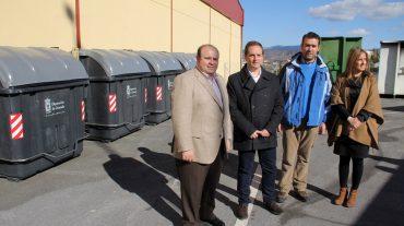 Más de 150 entidades localescuentan con 3.000 nuevoscontenedores de residuos sólidosurbanos