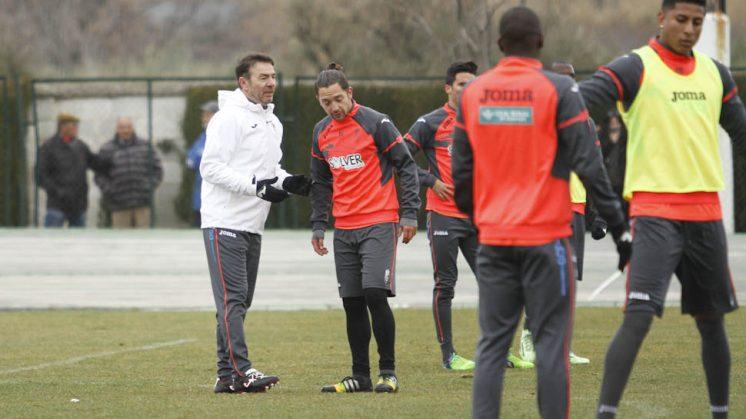 Abel Resino, durante un entrenamiento con el Granada CF. Foto: Álex Cámara