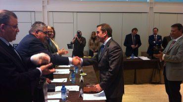 El diputado Leandro Cabrera toma posesión como consejero del Consejo Andaluz de Colegios de Abogados