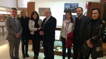 La Biblioteca de Andalucía acoge el legado documental del escritor Julio Alfredo Egea