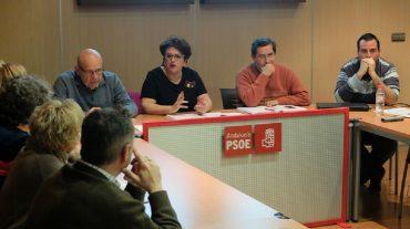 Teresa Jiménez se reúne con alcaldes y portavoces socialistas del cinturón para analizar los resultados electorales