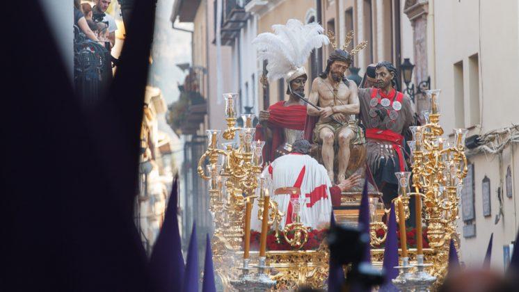 El paso de Jesús de la Humildad ofreció bellas estampas en su discurrir. Foto: Antonio Ropero