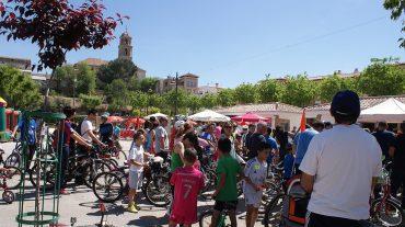 Unas 500 personas participan en el Día de la Bicicleta de Alhendín