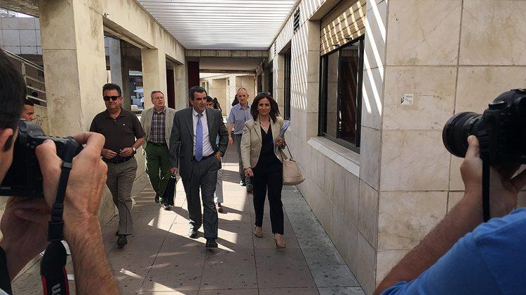 La delegada de Medio Ambiente, Inmaculada Oria, a su llegada a los juzgados de la Caleta. Foto: Luis F. Ruiz