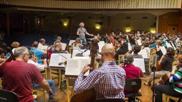 La Orquesta RTVE celebra su 50º aniversario en el Festival de Granada y recibe laMedalla de Honor