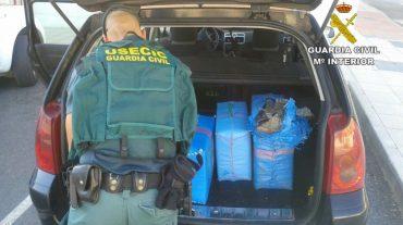 Detenida una persona e incautados más de 200 kilos de hachís en la A-92